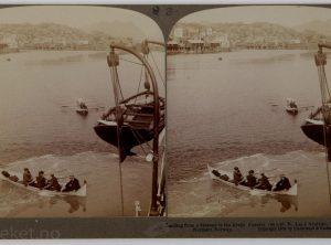 Ilandsetting fra dampskip i Svolvær, Lofoten