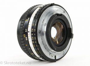 Nikon 50mm f1.8 Series E (AIS) – Serienr.: 2859792