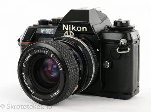 Nikon F-301 (1985)