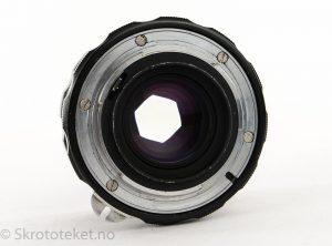 Nikon Nikkor-H Auto 50mm f2 (Non-Ai) – Serienr.: 1016153 (1971)
