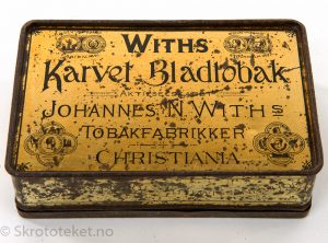 Withs Karvet Bladtobak fra Johannes N. With's Tobaksfabrikker, Christiania