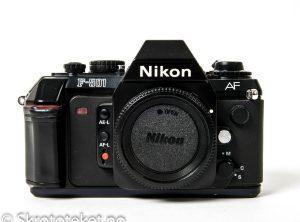 Nikon F-501 (1986)