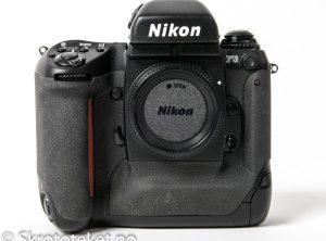 Nikon F5 (2002)